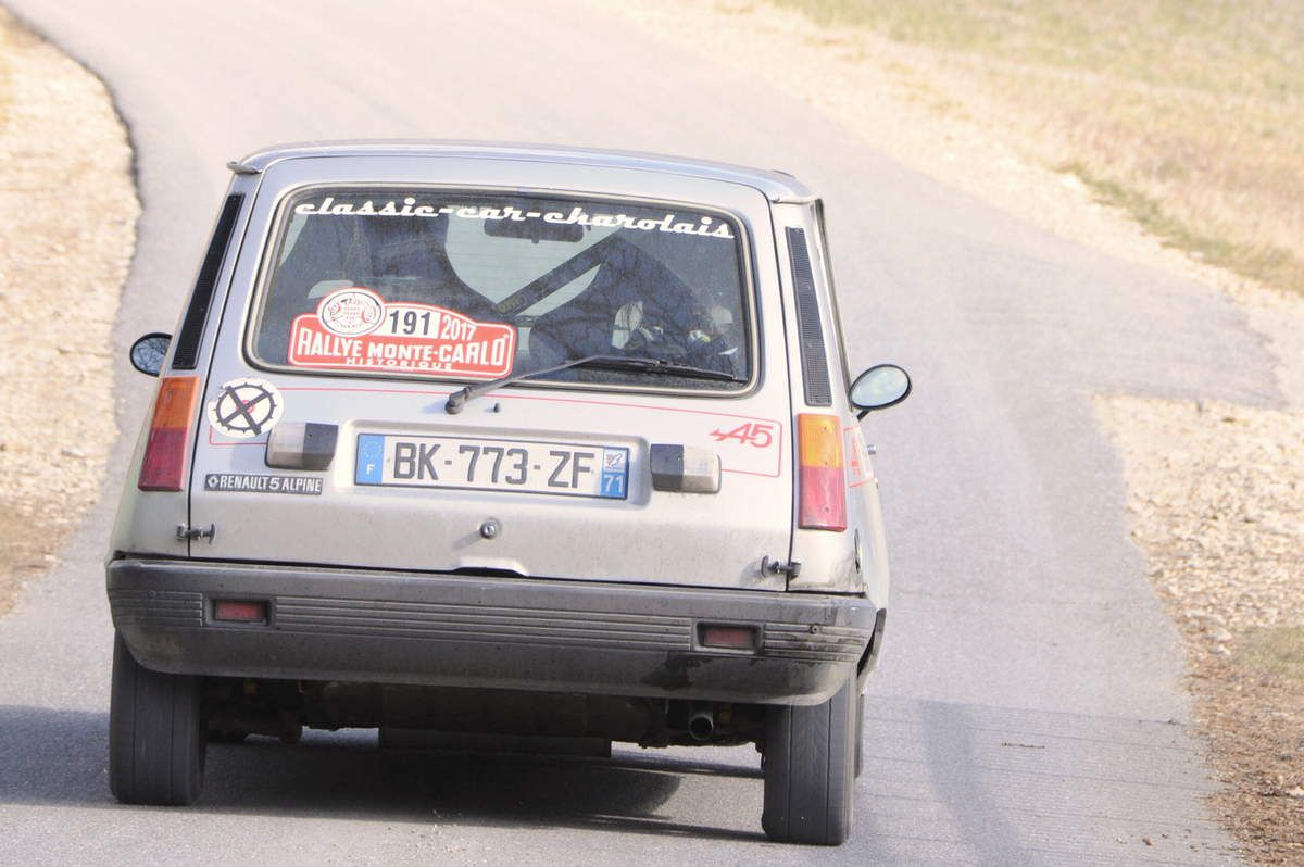 Marie et Jacques Rondard(F) Renault 5 Alpine 1976 ..... Photo : R.S.
