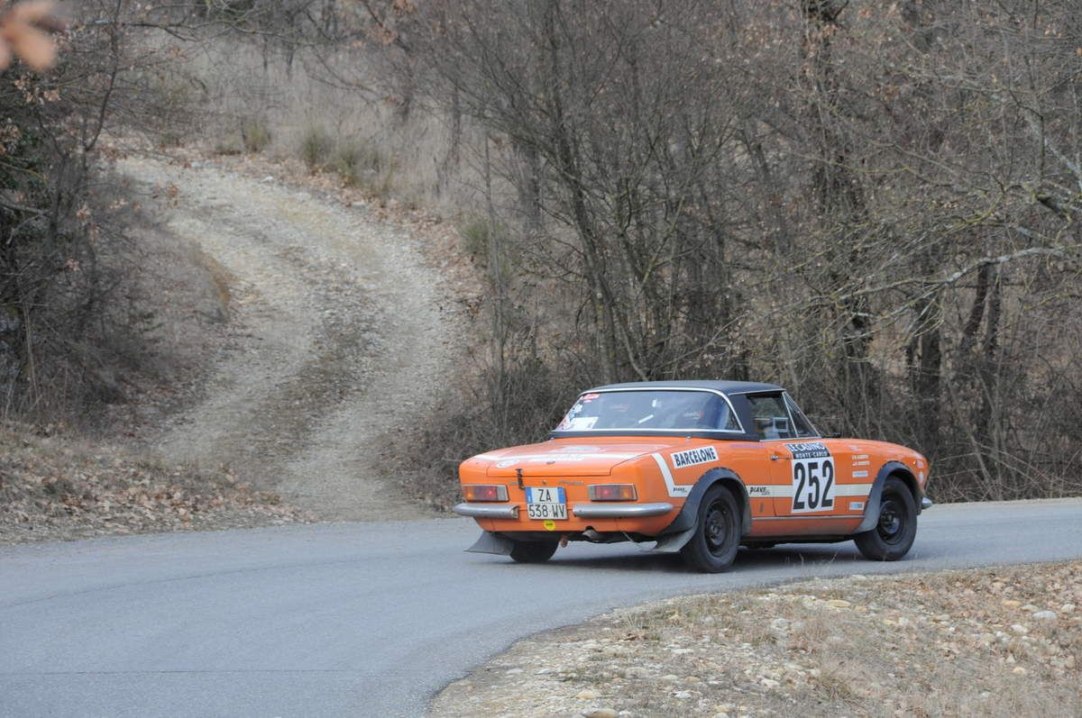 Roberto Roveto(I)/Alberto Roveta(MC) Fiat 124 Spider 1972 ..... Photo : R.S.