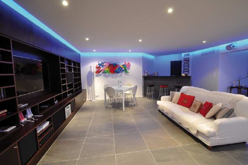 Installations audiovisuelles et domotiques - Salon home cinema ...