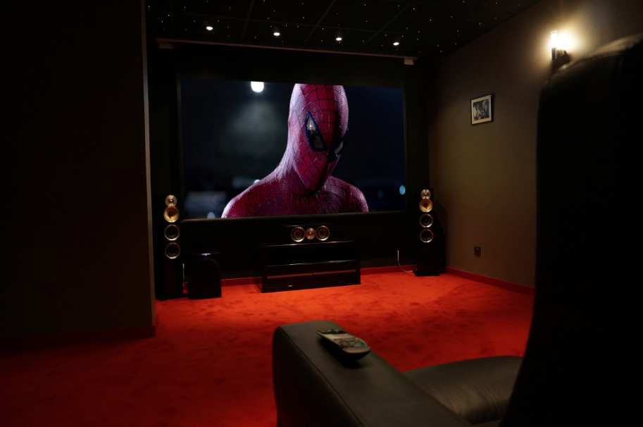 Figurine Home Cinema