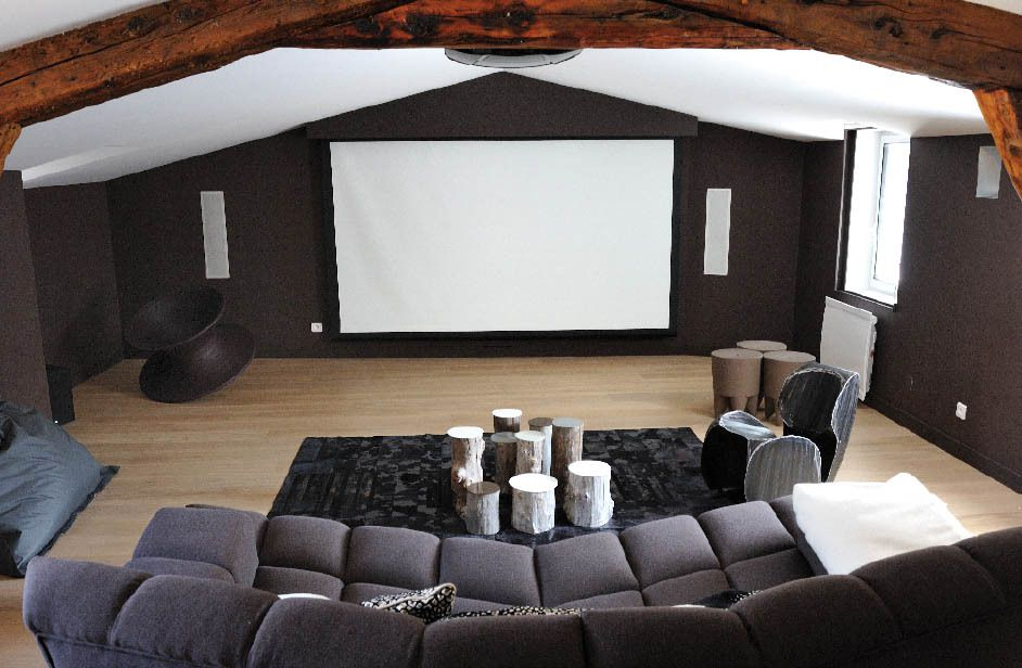 Un triplex tout confort installations audiovisuelles - Salon hifi home cinema ...