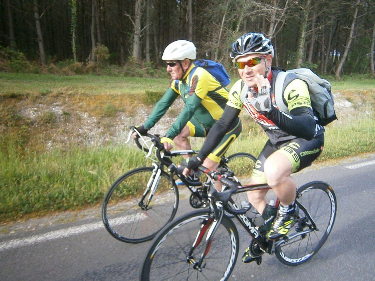 18 km jusqu'à Lamarque    ----> Kway  ( au cas où ?) et pique nique sur le dos .