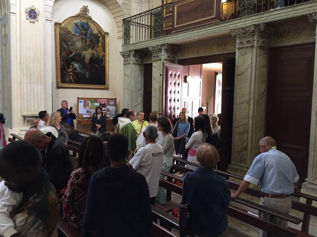 6 adultes ont fait leur entrée en Eglise ce dimanche 18 septembre 2016 : Céline,  Christelle, Dominique, Gaëlle , Justine, Magali.