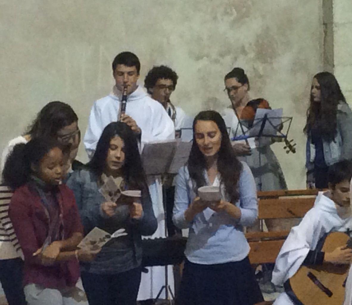 Louanges, musique : une belle messe à Martigues !