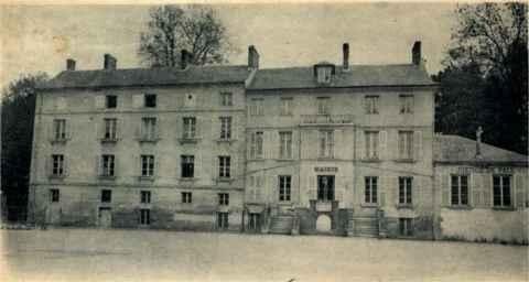 Maison du Parc qui deviendra la mairie de Claye-Souilly