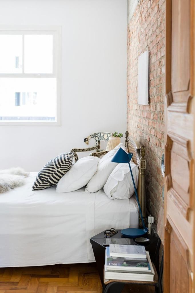 Un appartement à l'esprit brut à Sao Paulo