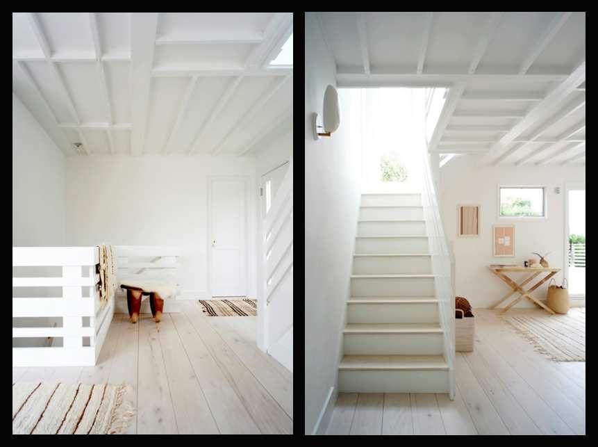 Une maison de plage presque tout en blanc