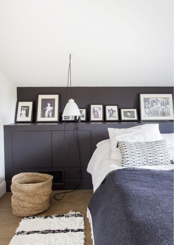 une tag re en t te de lit a part a. Black Bedroom Furniture Sets. Home Design Ideas