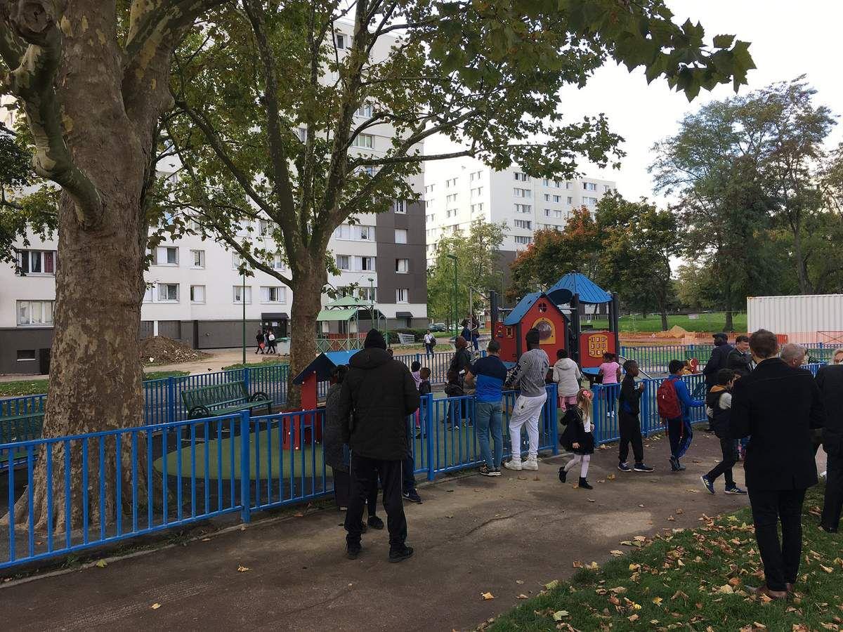 Nouvelle aire de jeux pour les enfants, cité de l'Europe à Aulnay-sous-Bois