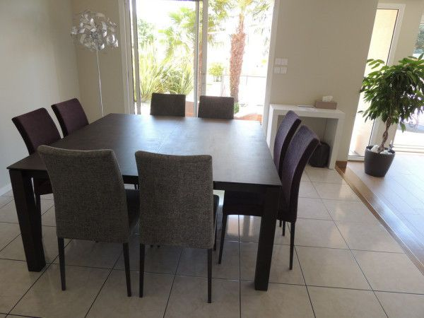 Table ceramique enix exodia home design tables ceramique for Table carree 140x140 salle manger