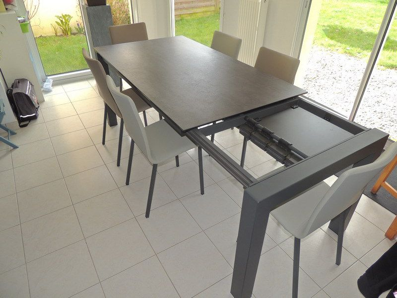 Les tables en ceramique exodia home design tables for Table d exterieur avec rallonge