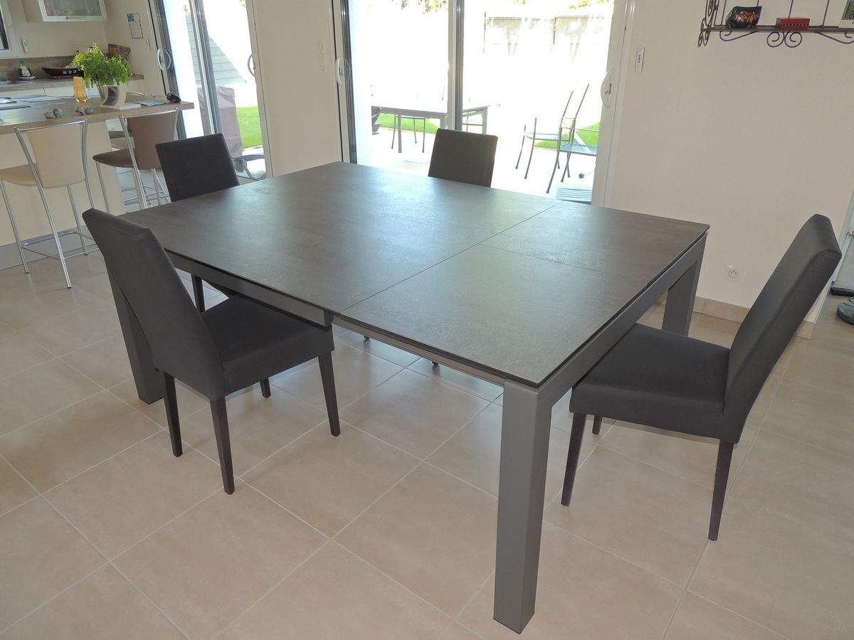 Table ceramique enix exodia home design tables ceramique for Table de cuisine rectangulaire extensible