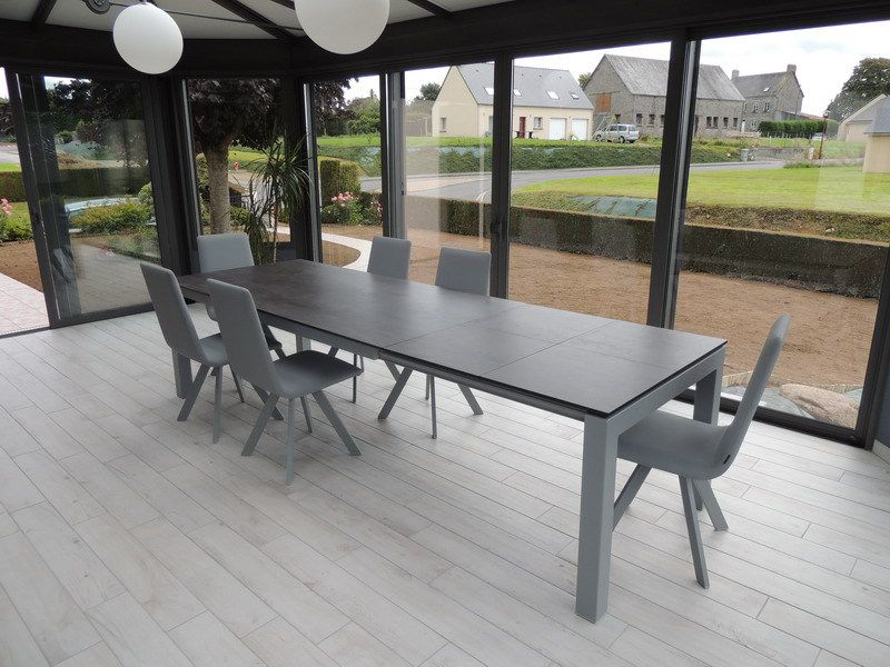 Table ceramique enix exodia home design tables ceramique for Table de salle a manger contemporaine avec rallonge