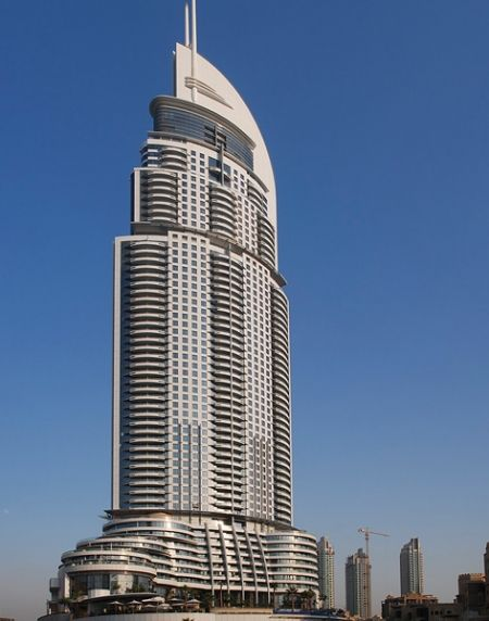 Un incendie dans une tour de 300 m tres de haut g che le for List of hotels in dubai with contact details