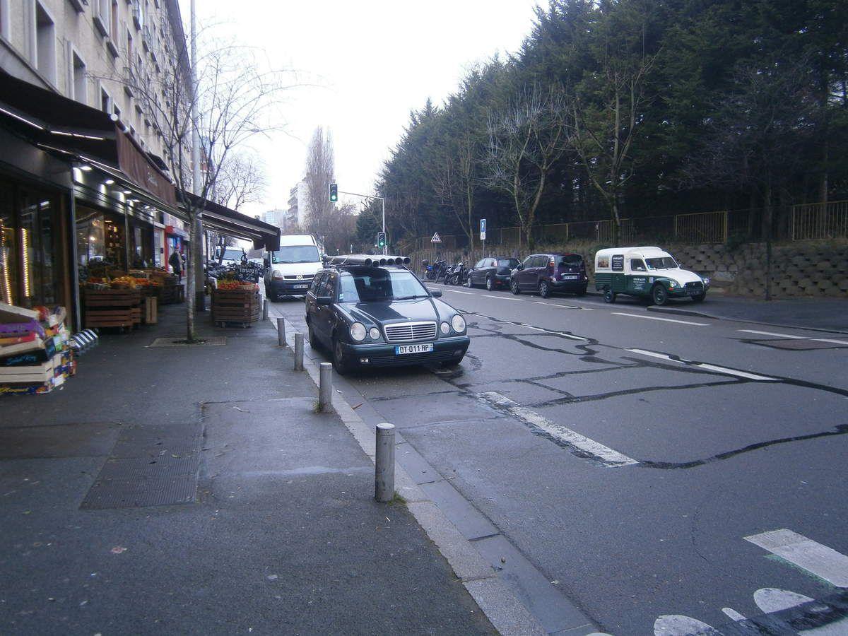 Opérations immobilières K.&amp&#x3B; Broad et Bouygues: capharnaüm* avenue Gambetta