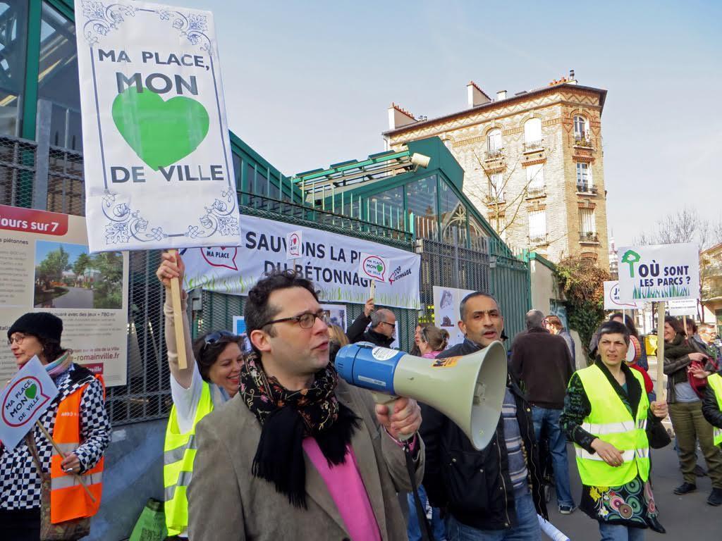 Encore des photos de la manifestation romainvilloise de dimanche