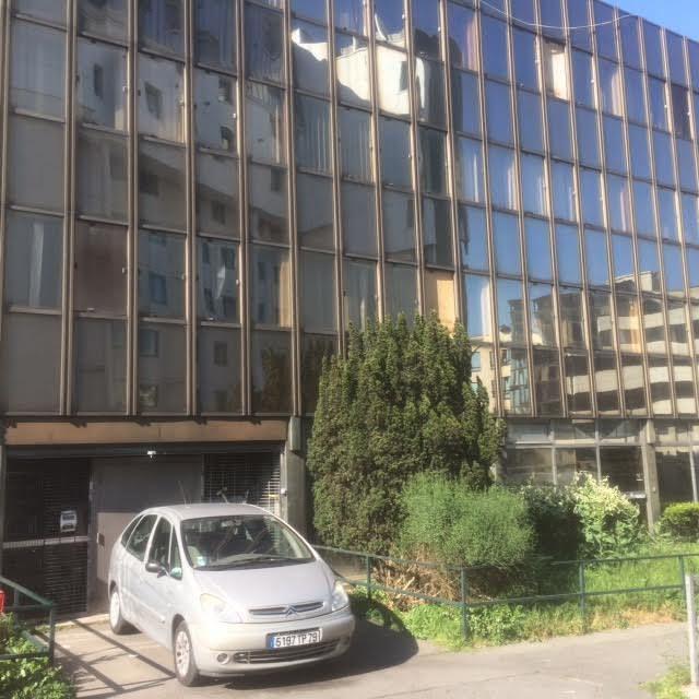 Les bureaux ex-véolia, vides, avenue J.-Jaurès