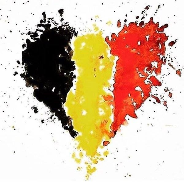 BRUXELLES SAIGNE: MERCI A TOUS CEUX :POLICIERS, MILITAIRES, POMPIERS, CROIX ROUGE... CITOYENS QUI LA SOIGNENT - REEDITION