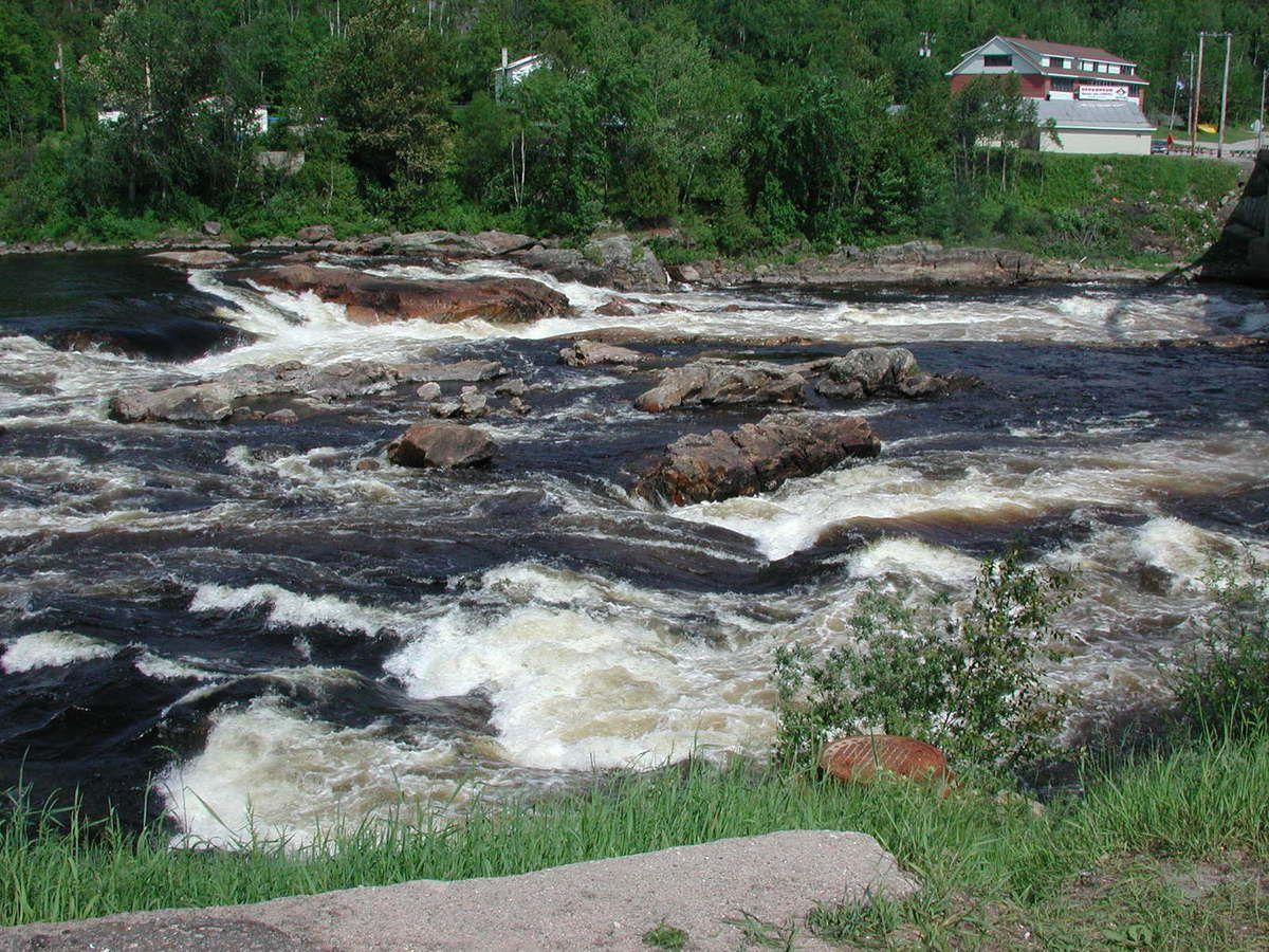 """Le fameux """"Je me souviens"""" et la dynamique rivière Harricana"""