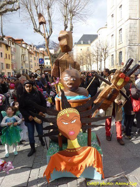 Le carnaval, finalement, c'est un peu aussi la recherche du temps perdu et le retour aux traditions ancestrales