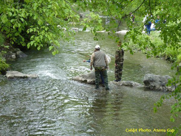 Une initiation à la pêche est prévue avec la Gaule Gapençaise