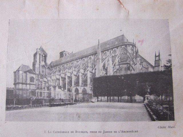 Une image ancienne de la cathédrale prise dans ce livre