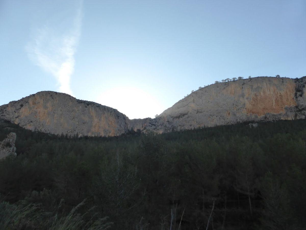 Pared de la Rosaliá, des parois toujours à l'ombre en hiver, c'est à Sella