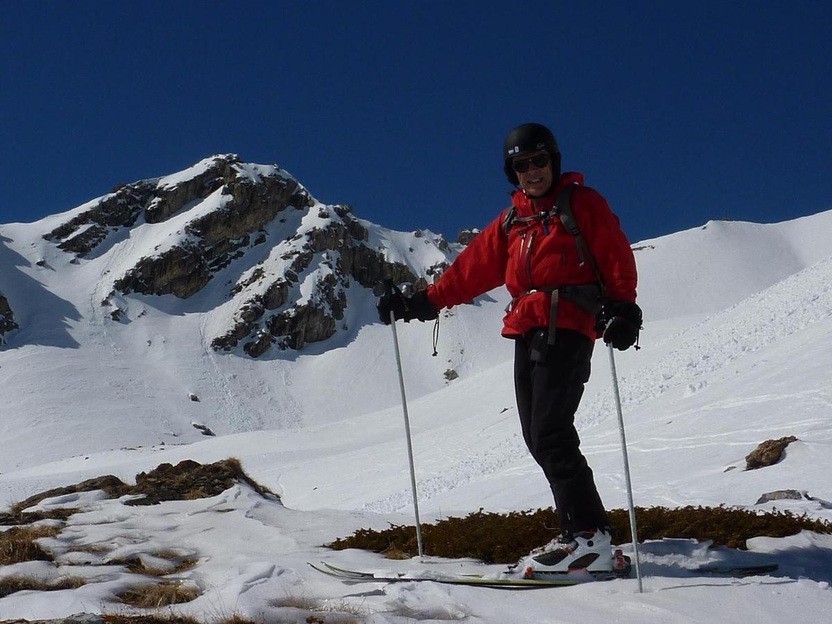 La descente est agréable même si la neige, transformée, se révèle assez lourde et piégeuse de l'avis général.
