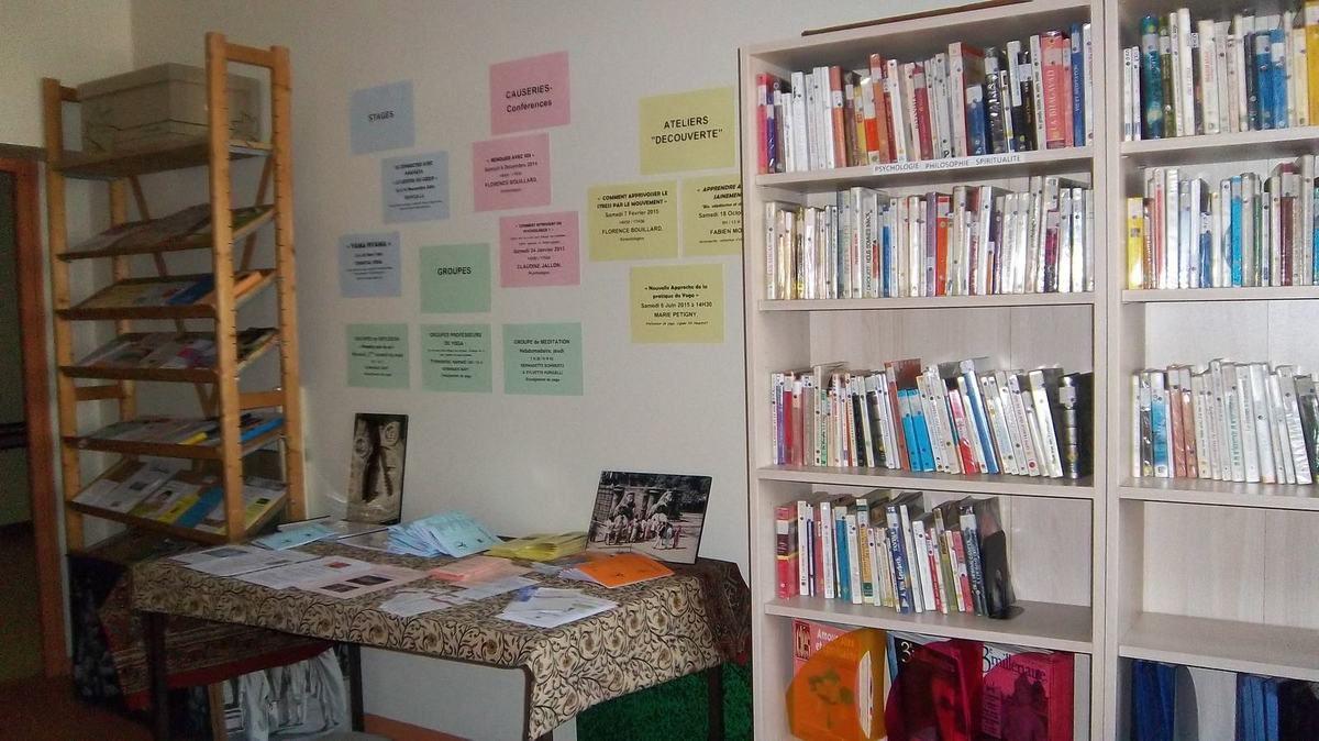 Bibliothèque UCY