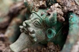 petite tête de bronze
