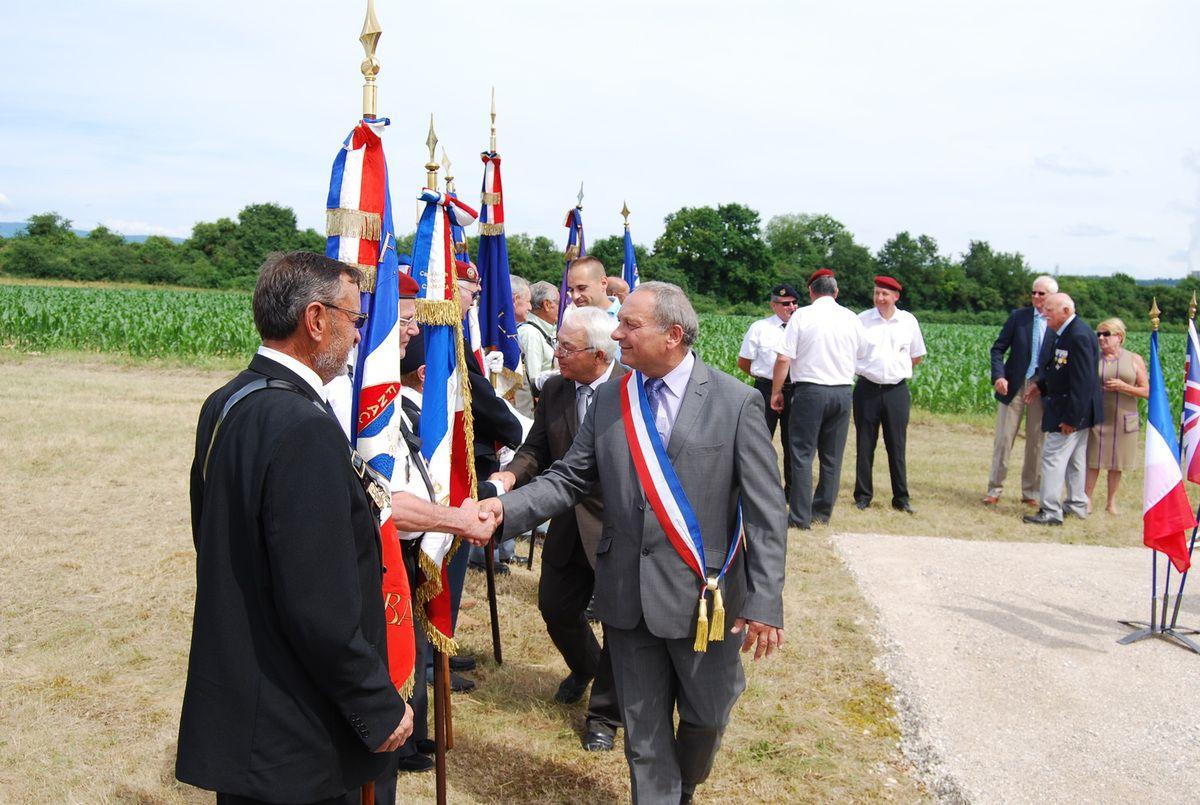 Inauguration stèle Ricoty à Saint Vulbas