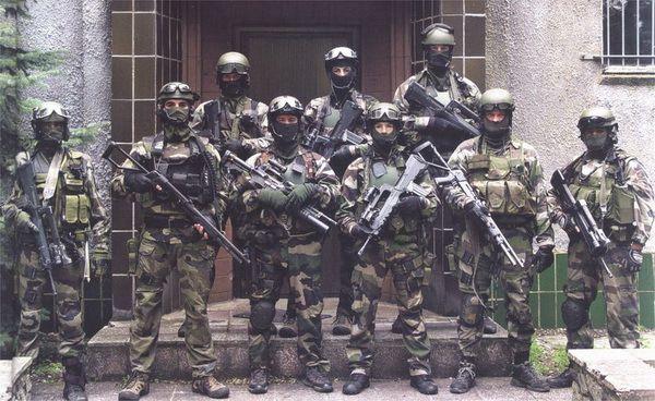 Des militaires français du CPA 10 et du 1er RPIMa blessés en Irak