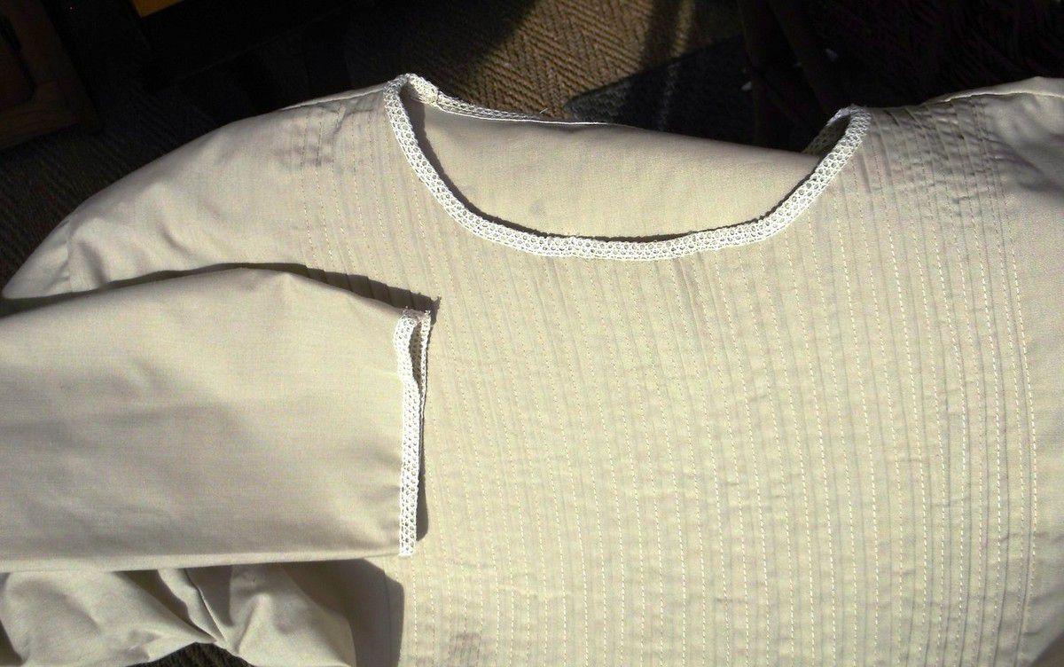 La blouse à plis transformée en robe