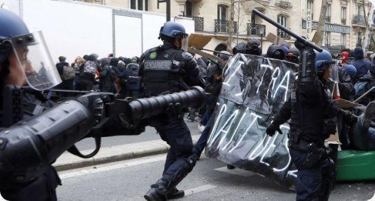 Stop aux violences policières, aux arrestations et gardes à vue arbitraires