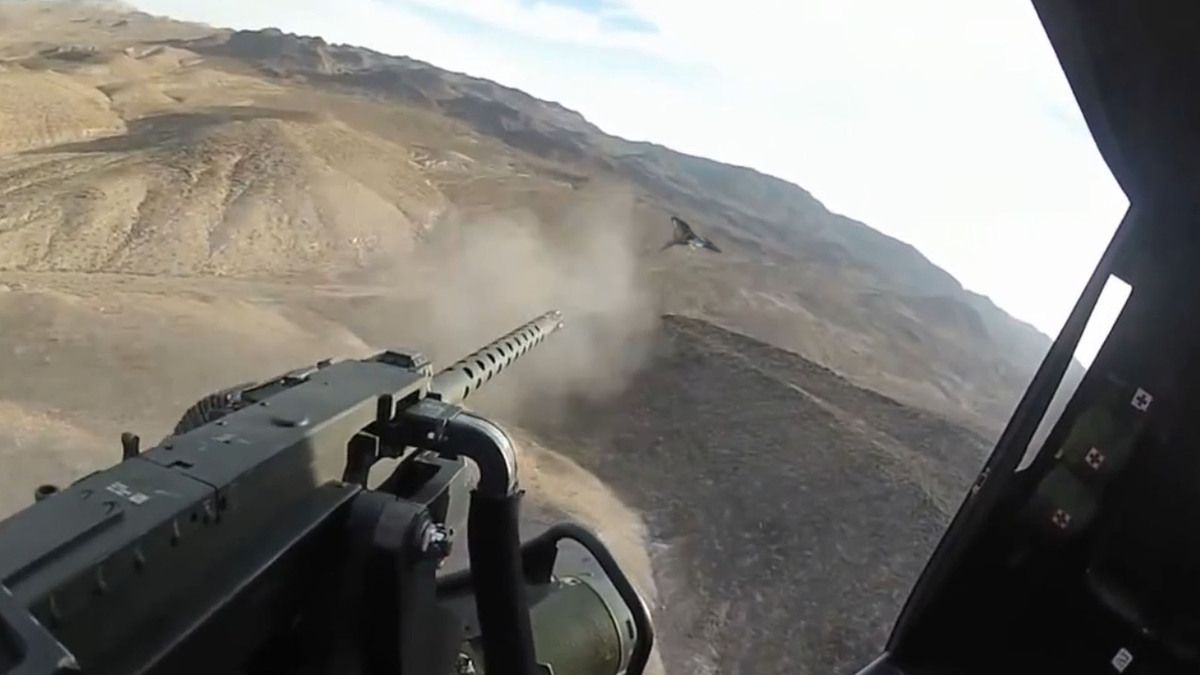 UFOs ATTACK US HELICOPTERS AFGHANISTAN !!! Nov 2013