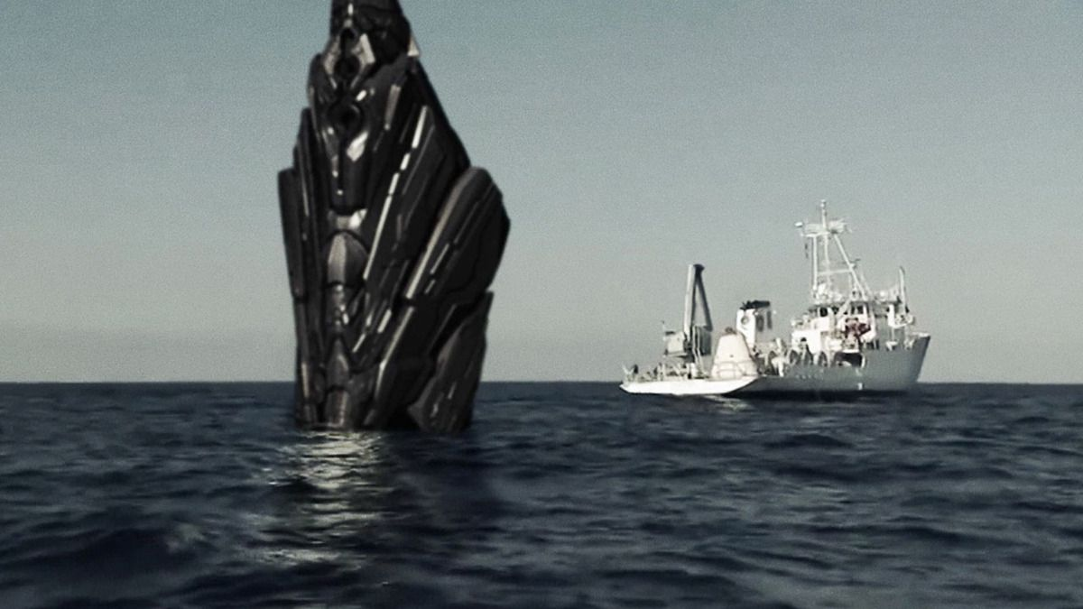 UFO WRECKAGE RECOVERED IN BERMUDA TRIANGLE by US SCIENTISTS and NAVY SEALS !!!