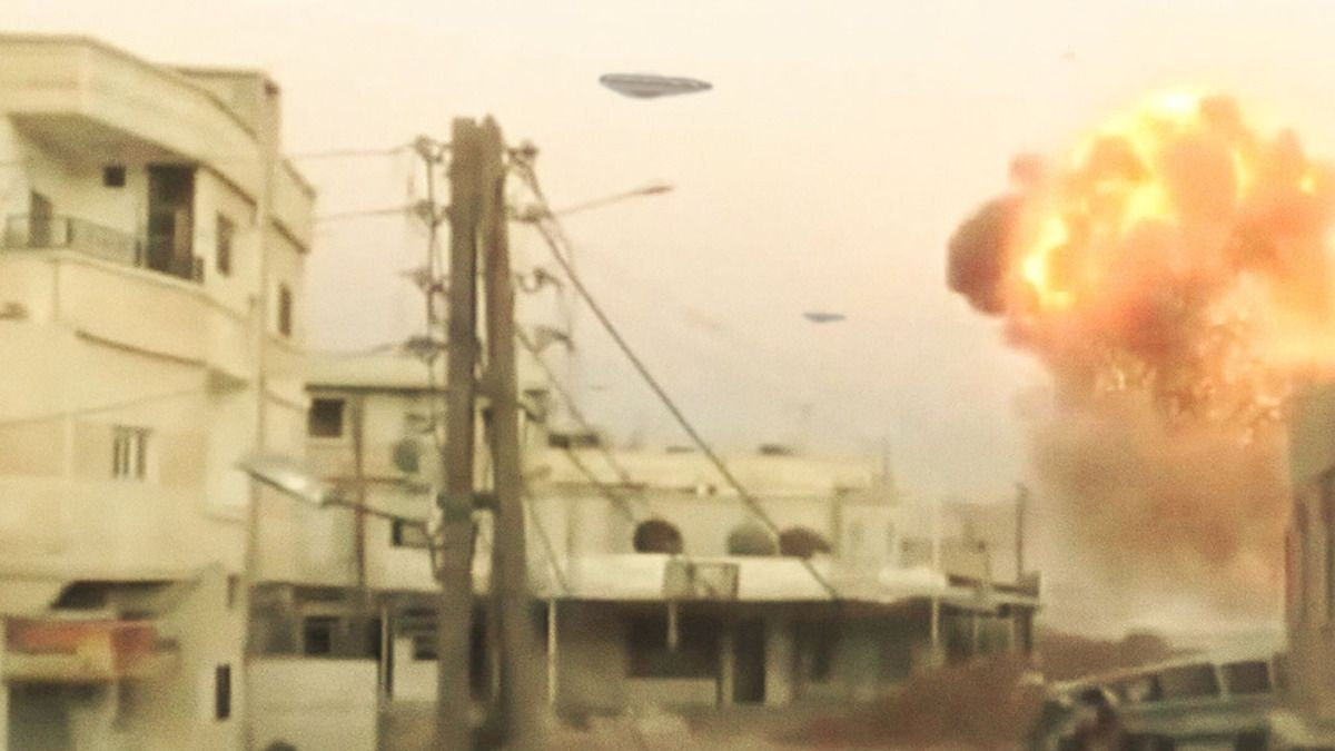 TRIANGLE UFOS ATTACK on ISIS in IRBIL - IRAQ !!! Oct 2014