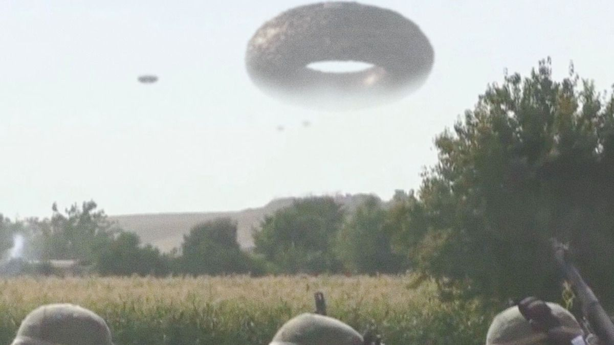 Huge UFO reported by US and British troops AFGHANISTAN !!! 2014