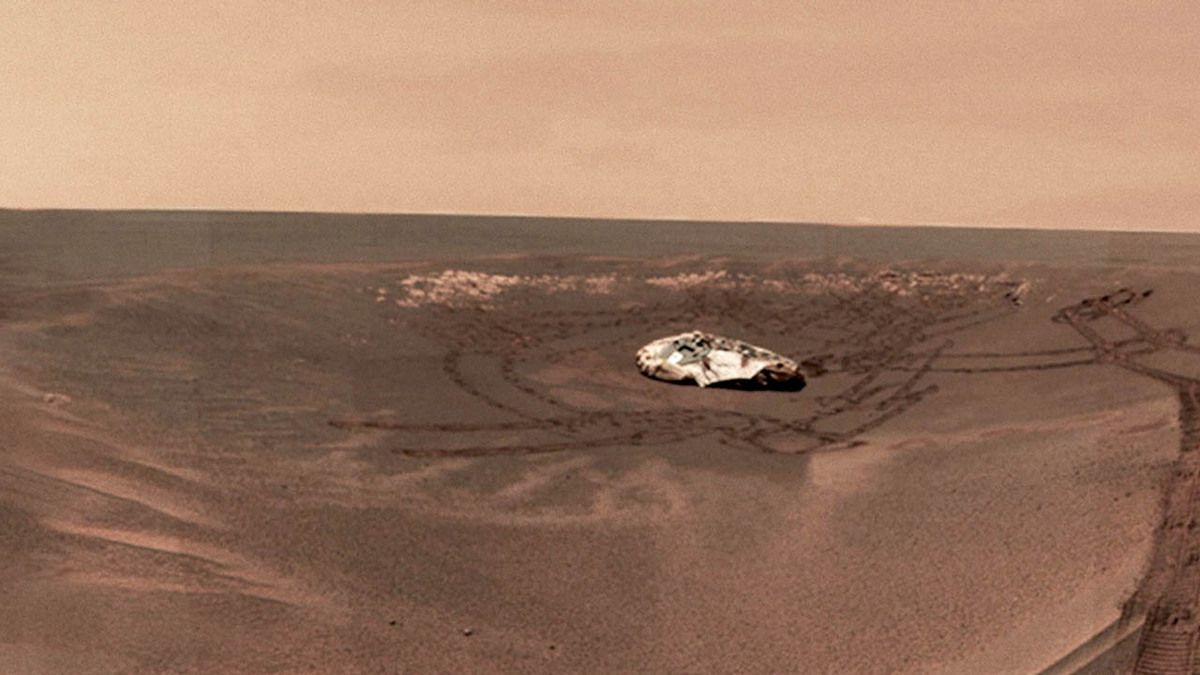 NASA Leak UFO wreck found on Mars by Curiosity rover 2015 !!!