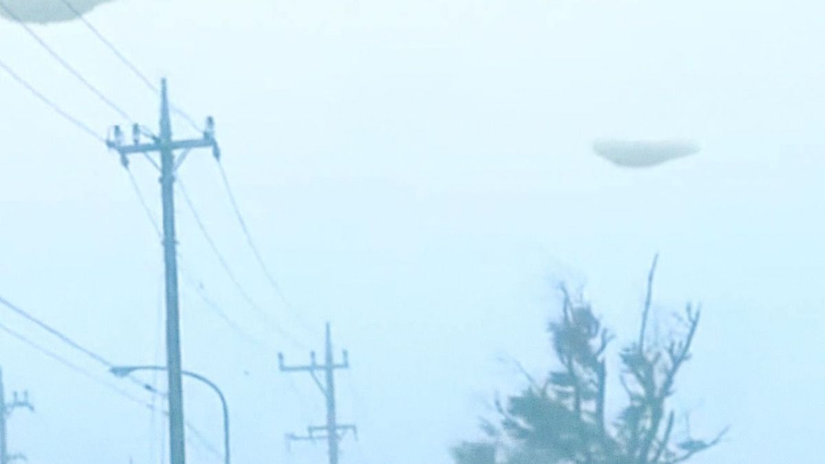 UFO FLEET over Japan during Tropical Storm - Joso - Sept 2015 !!!