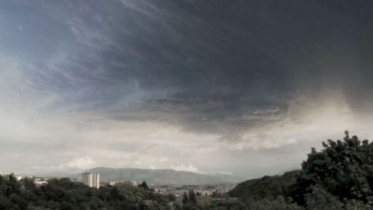 NEW HUGE Phenomenon observed over Geneva - CERN Area Sept 28, 2015 !