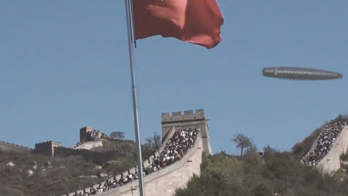NEW ! UFO over the Great Wall in China captured from 3 different Angles - Jan 2016 !!!