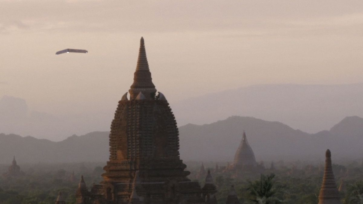 TRIANGULAR UFO spotted over Myanmar temples ! March 2016