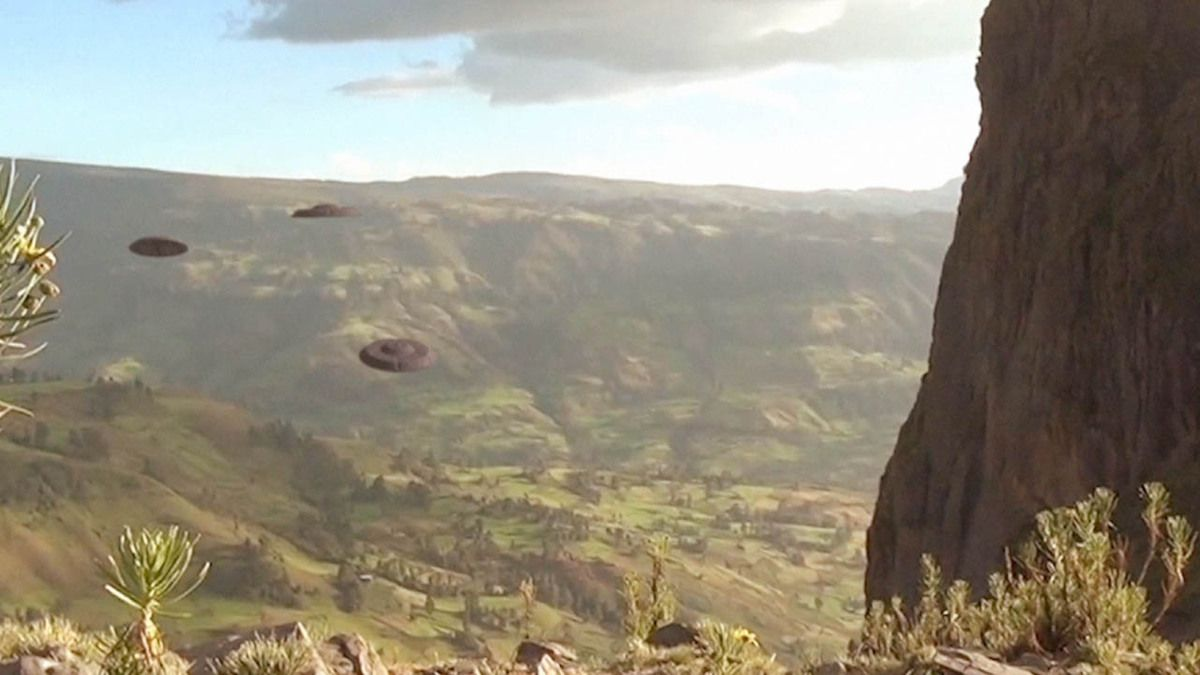 UFO Fleet over Lalibela - ETHIOPIA !!! July 2016