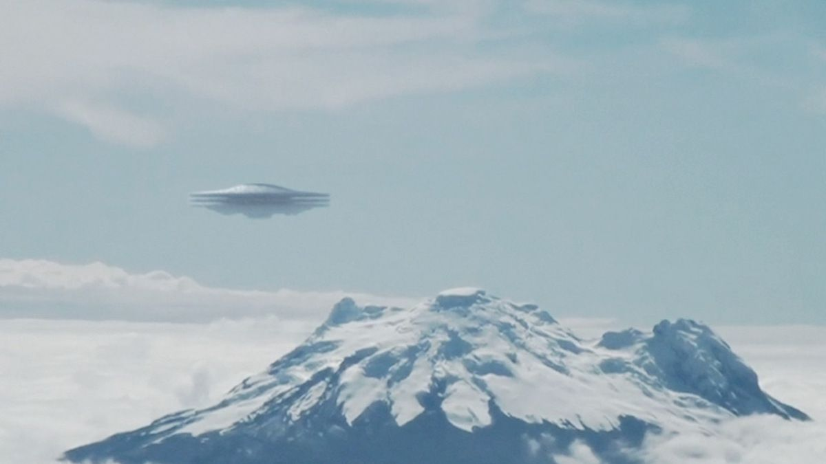 New UFO seen from plane over PERU ! Oct 2016
