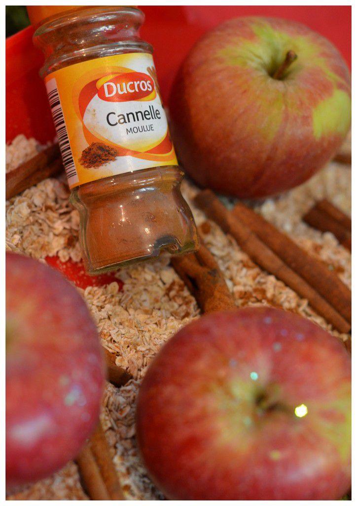 Bac sensoriel pomme-cannelle