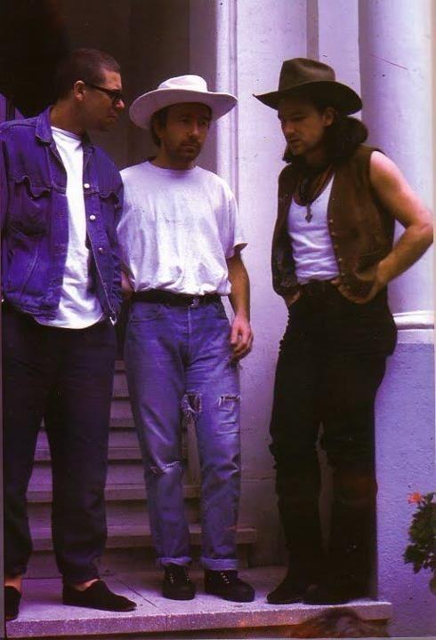 U2 -Adam ,The Edge et Bono -1988