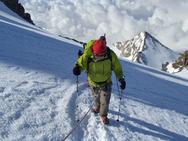 """""""ça y est """",Jean Pierre tu viens de passer la barriere des 4000 m."""