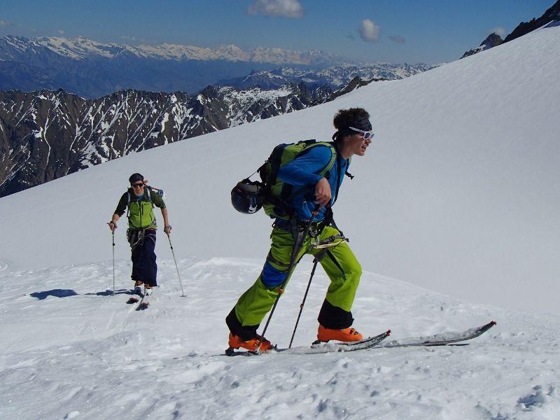 """Une belle montée de 1000 m  et """"summit """"! Il vaut mieux être en forme avec ces gaillards !"""