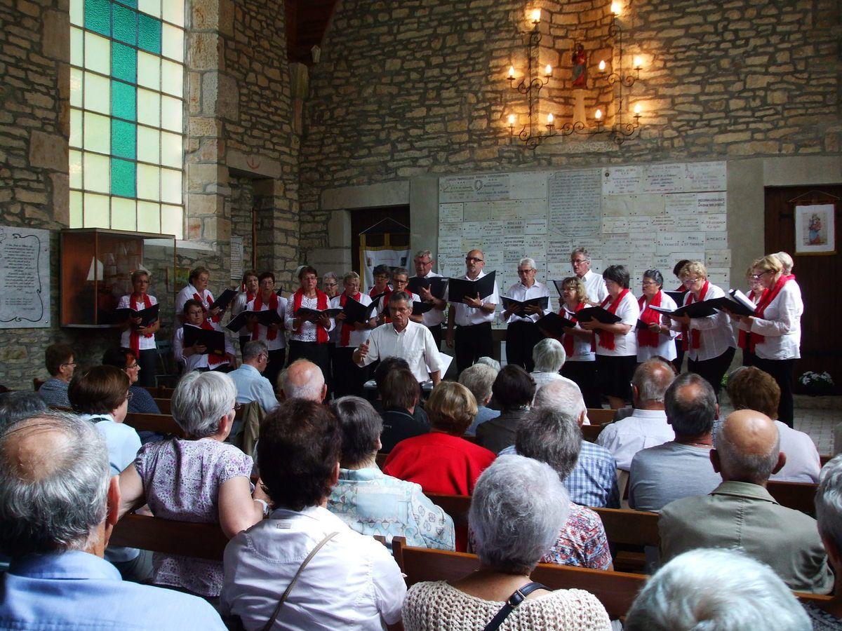 """La chorale """"Le Lien"""" dirigée par Jean-Marie Gauthier"""